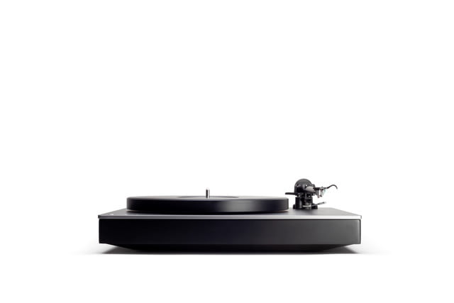 cambridge audio aptx hd turntable ces 2019 alva tt front