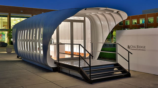 sustainable 3d printed home gets energy from companion car amie 1 0 som 0010