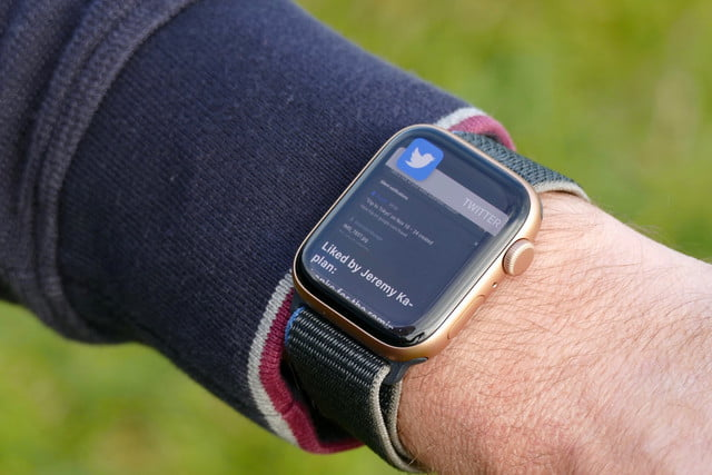 apple watch se review notification