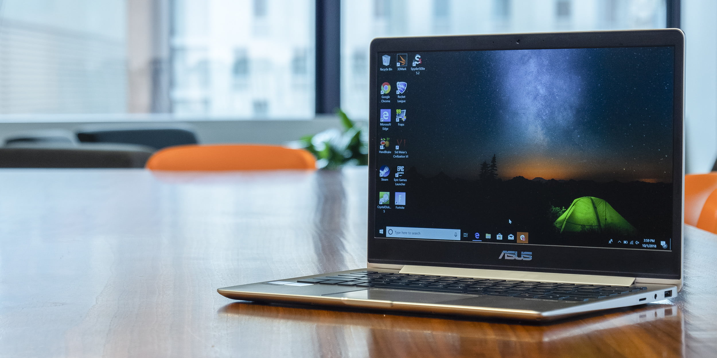 Asus ZenBook 13 UX331UA Review: Sailing Where Others Sink