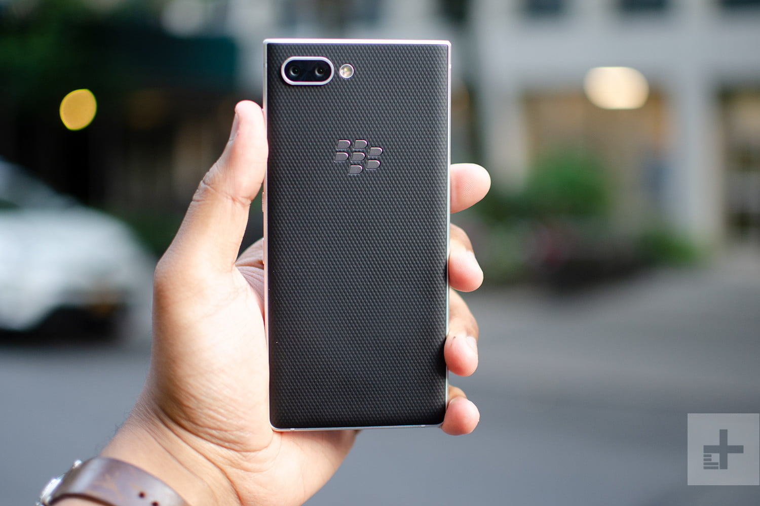 BlackBerry Strikes Verizon Deal, But Won't Launch 5G Phone