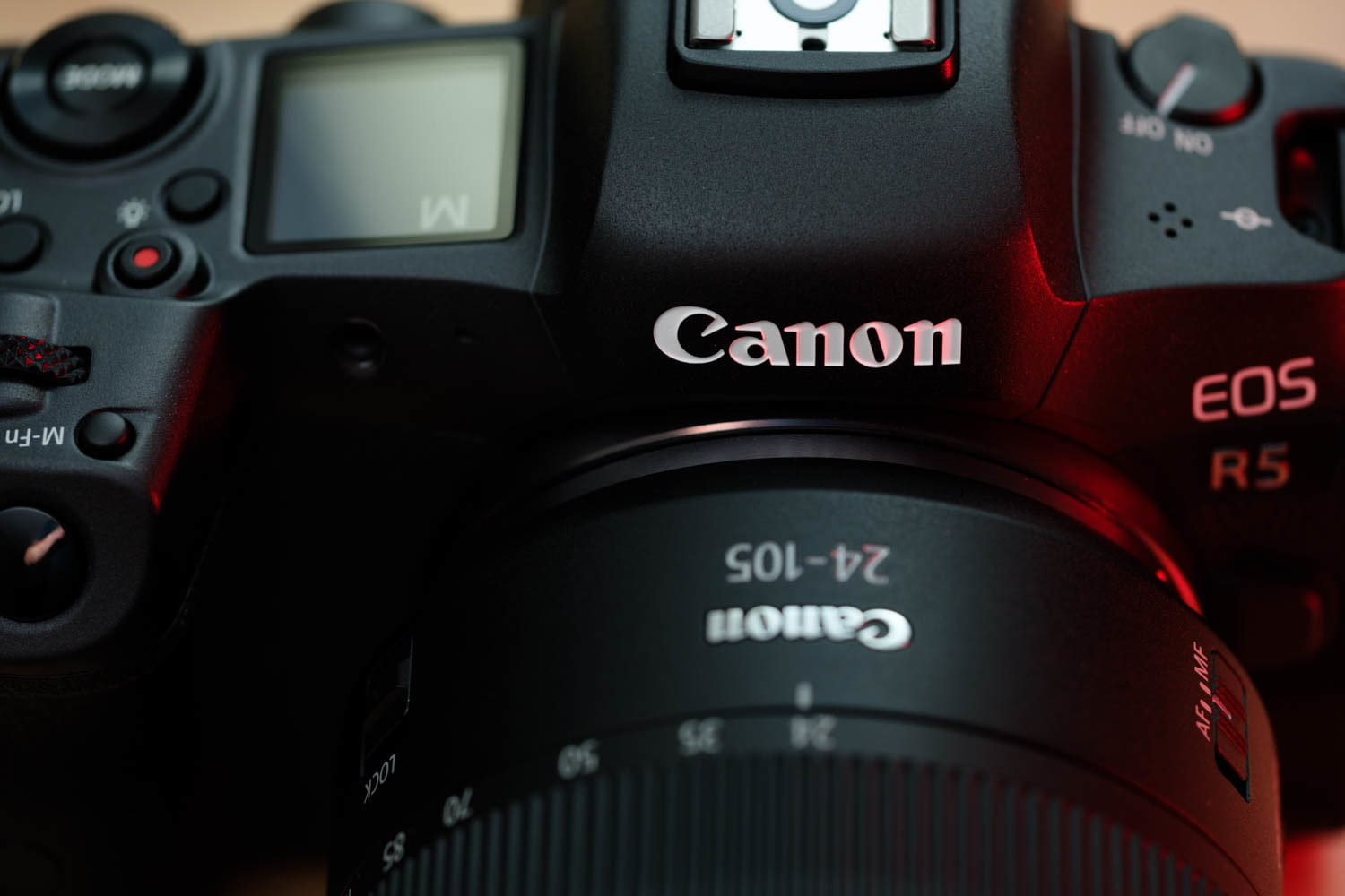 Canon EOS R5 product photo