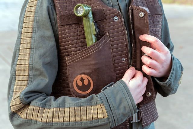 columbia jackets replicate the rogue one star wars look starwars jkts gynzipdetail