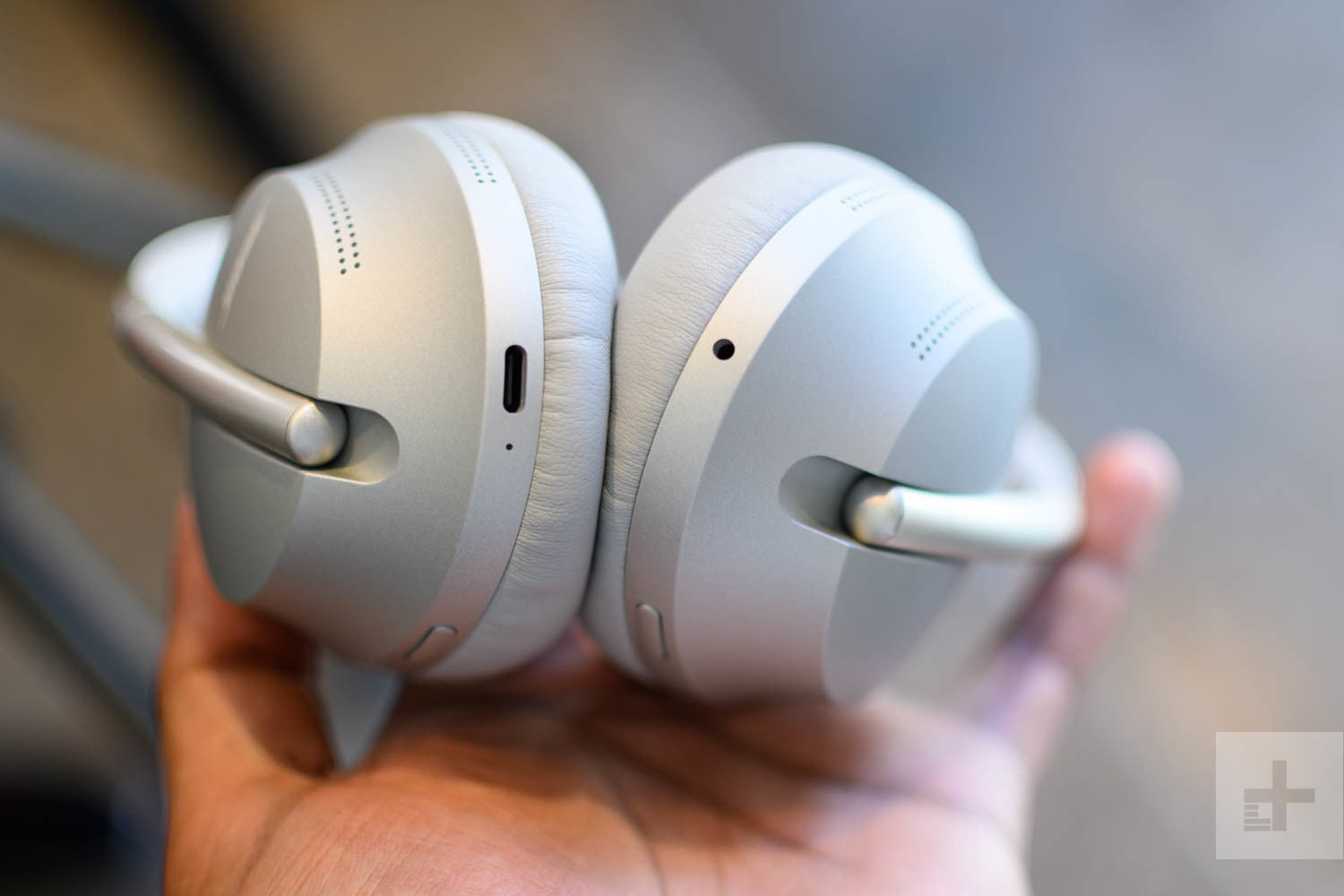Bose Noise Cancelling Headphones 700 Review Built For Business Digital Trends