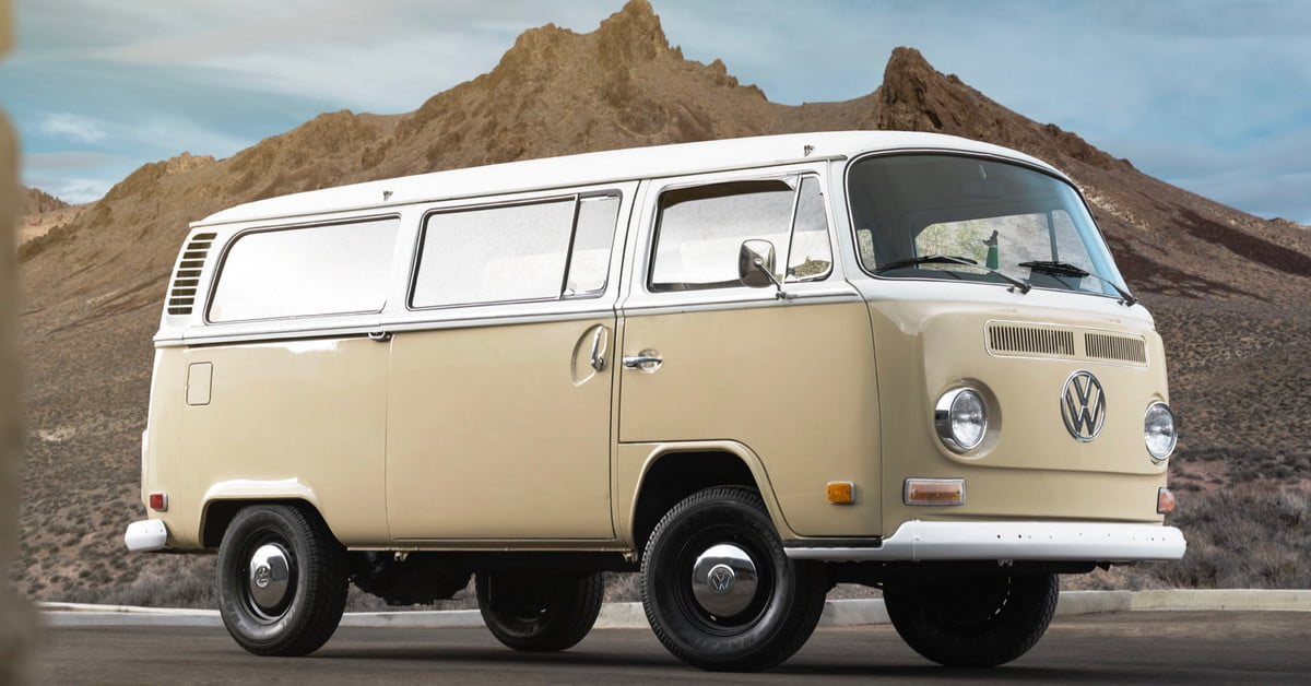 1972 Volkswagen Type 2 Microbus Gets An Electric Makeover