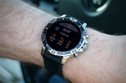 The Fossil Gen 5's custom WearOS enhancements stand out from the crowd