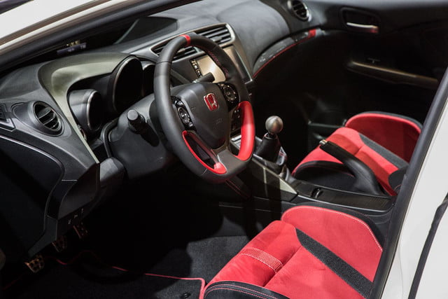 honda civic type r official pictures specs and performance 3
