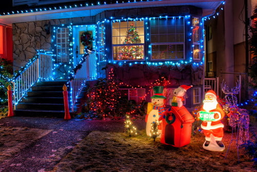 How To Take Pictures Of Christmas Lights With A Dslr Or Smartphone Digital Trends