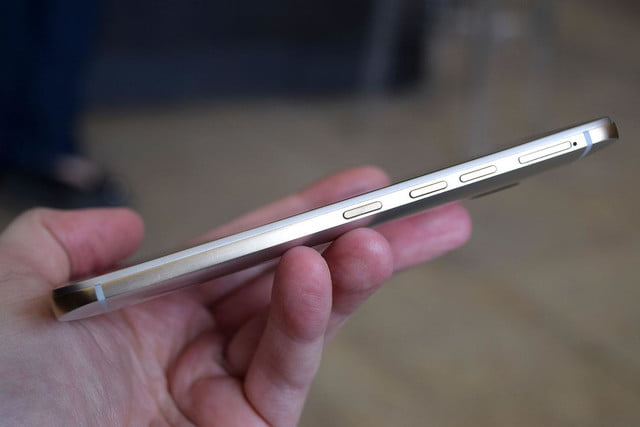 samsung galaxy s6 vs htc one m9 side angle