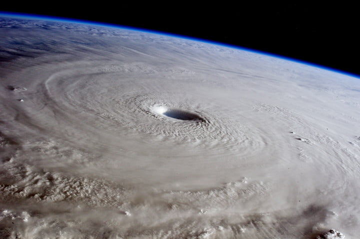 Hurricane Genevieve Captured in Dramatic Space Station Shots 2