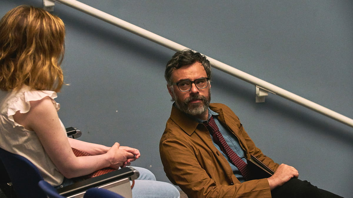 Gillian Jacobs and Jemaine Clement in I Used To Go Here