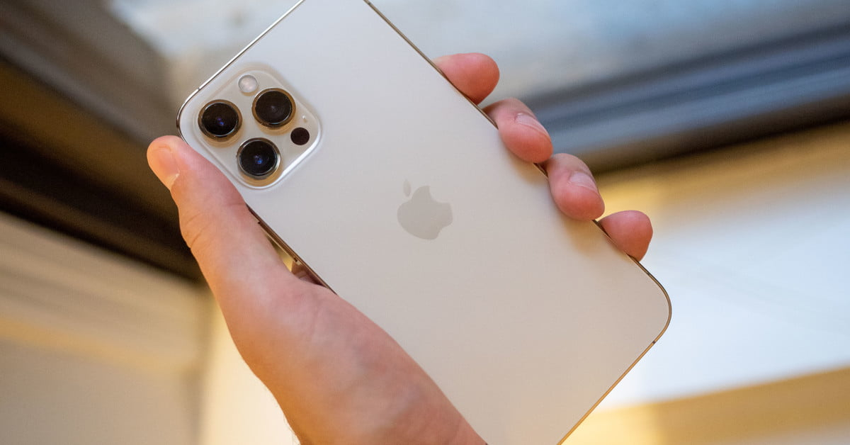 Apple Iphone 12 Pro Max Review Amazing Camera Massive Size Digital Trends