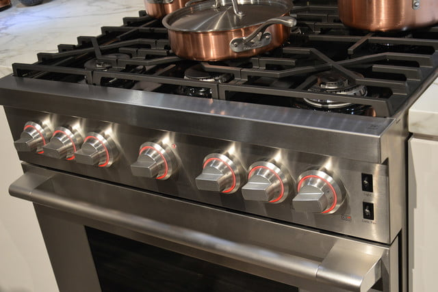 signature is a luxury smart appliance brand from lg kitchen suite gas range 0373
