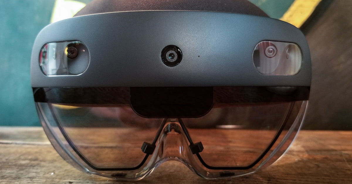 Microsoft HoloLens 2 Hands-On Review: The Future On Your Face | Digital Trends
