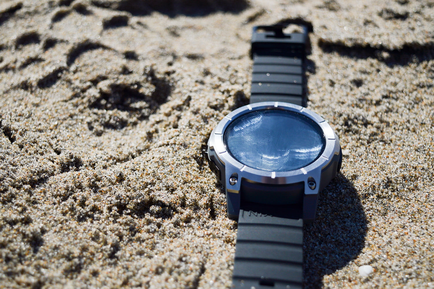 Nixon The Mission Watch Review Awesome For Skiers Surfers Digital Trends