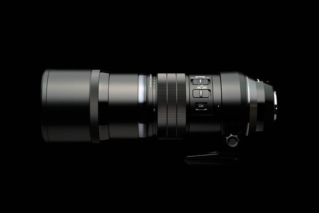 olympus 300mm lens puts extra stabilization into handheld photography ces2016 4