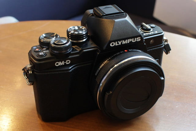 olympus gives entry level om d e m10 mirrorless camera big upgrades e10mkii 21