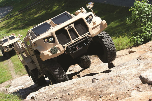 oshkosh 6 75b military contract pictures specs news jltv 0014