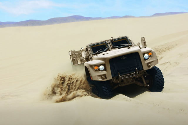 oshkosh 6 75b military contract pictures specs news jltv 004