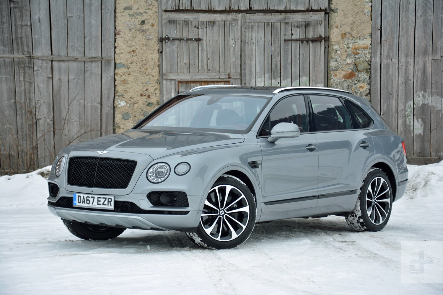 2019 Bentley Bentayga V8 First Drive Review Specs Pictures Digital Trends