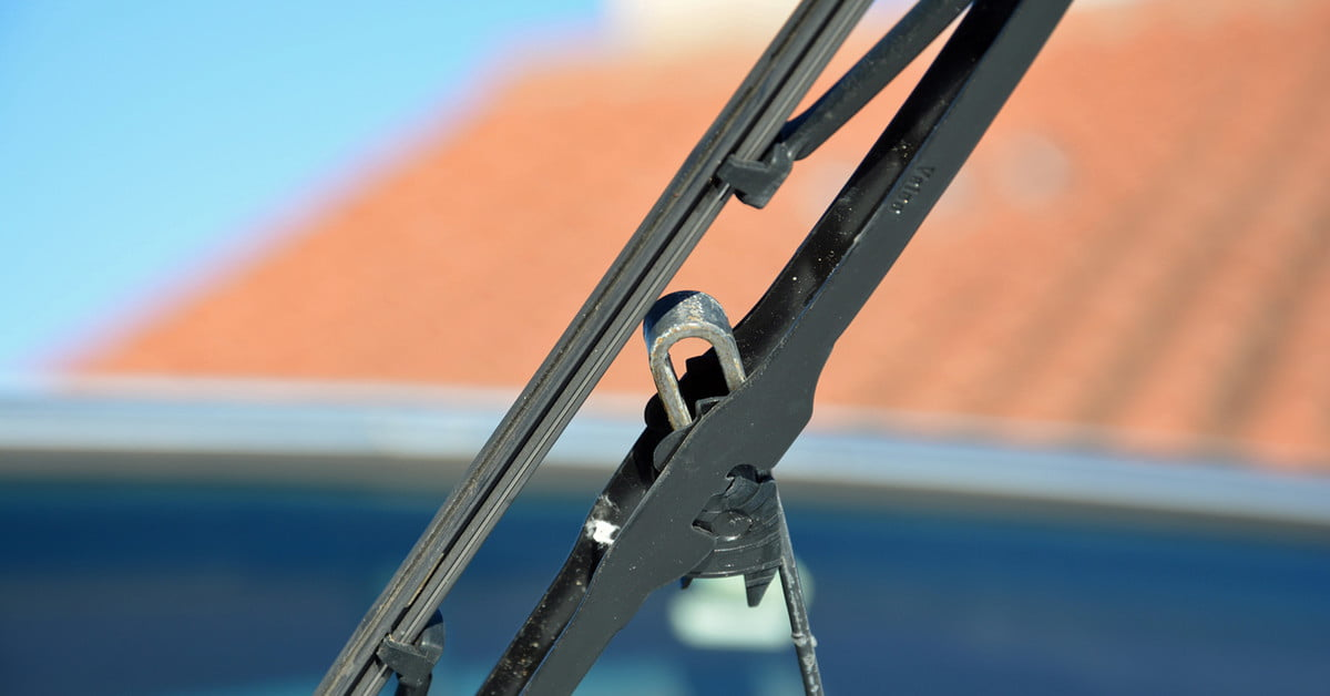 How to Change Your Windshield Wipers | Digital Trends