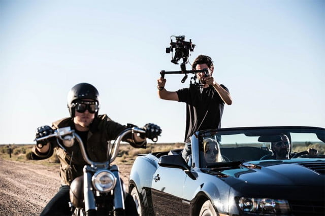 djis ronin m gimbal lets you single handedly create smooth hollywood style videos 3