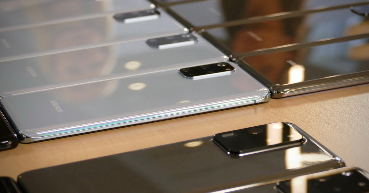 Why Does Samsung Have So Many Flagship Phones? We Asked The Experts | Digital Trends