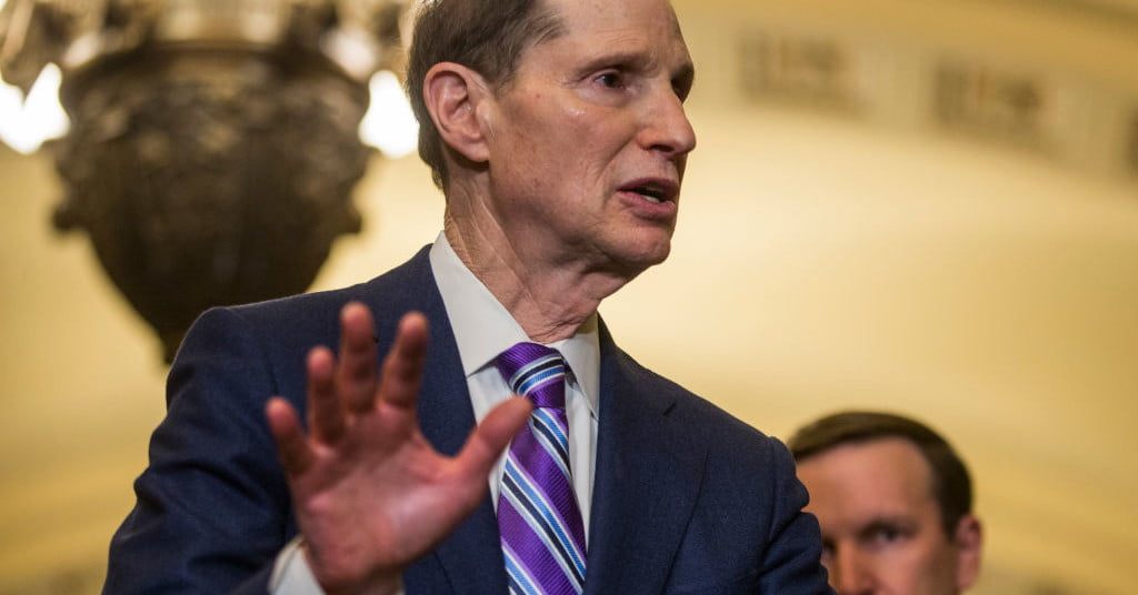 Sen. Ron Wyden wants to protect your data from Big Tech, if Congress lets him