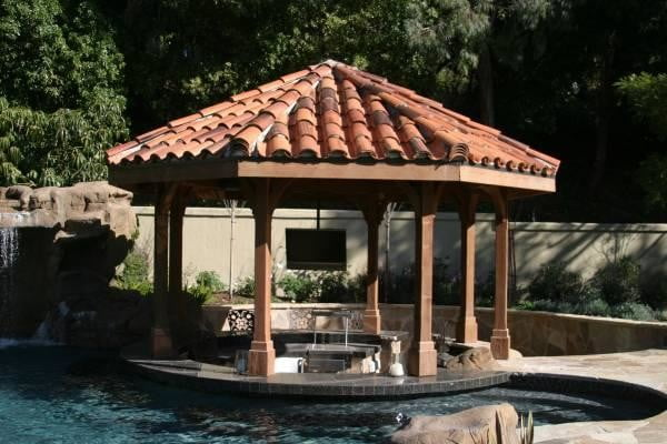 homes with their own shark tanks symphony pools tank 3