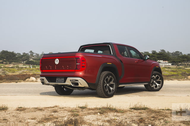Volkswagen's Atlas Cross Sport and Tanoak Concepts