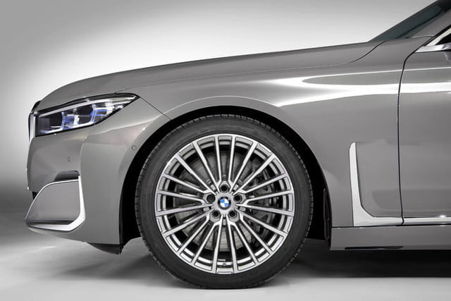 bmw serie 7 2020 official 11 700x467 c