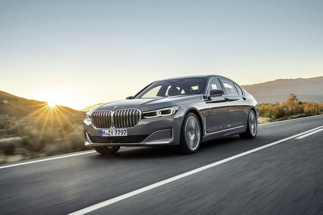 bmw serie 7 2020 official 3 700x467 c
