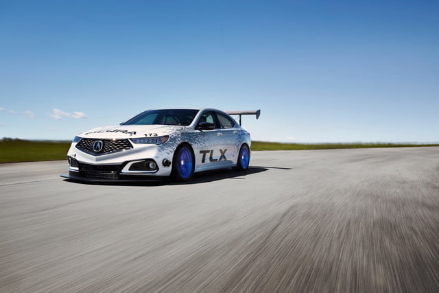 acura pikes competicion 2017 nsx and tlx 2