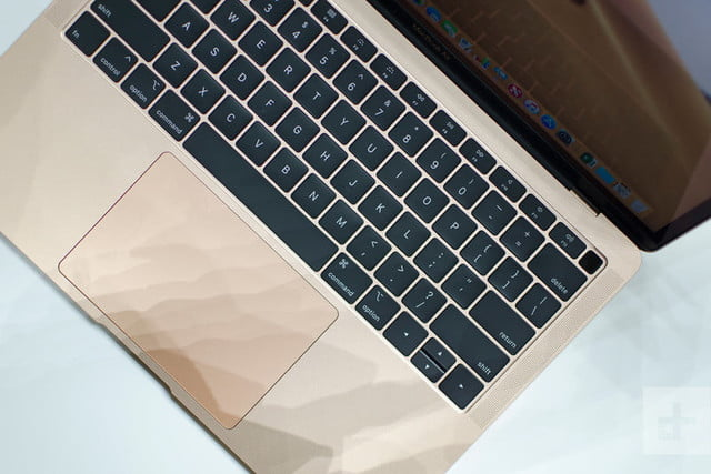 revision macbook air 2018 apple hands on 1 800x534 c
