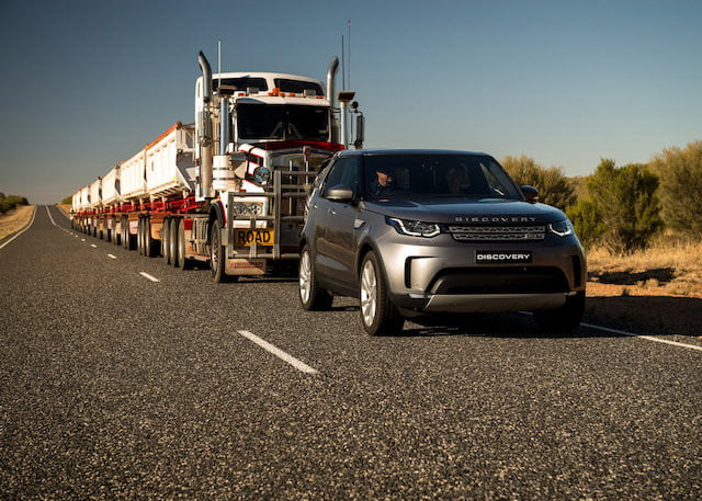 land rover discovery td6 remolque 3