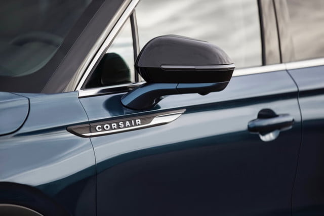 suv lincoln corsair 2020 image 101 700x467 c