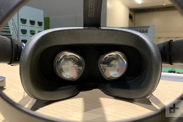revision oculus quest headset sp inside 800x534 c