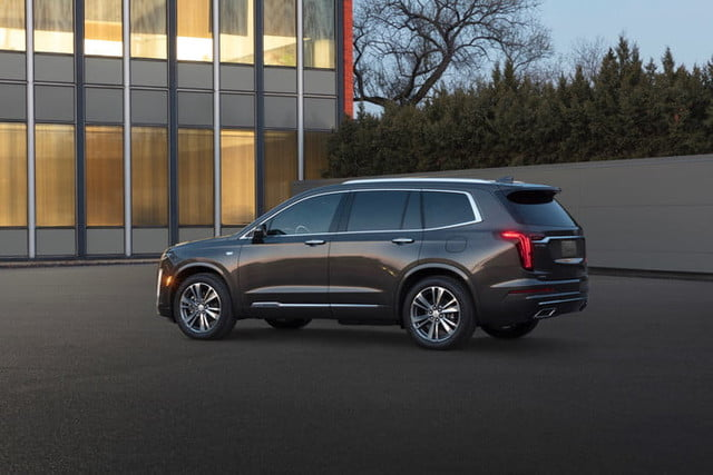 cadillac xt6 2020 salon detroit 2019 the first ever premium luxury model provides an elevated level of refinement 2 700x467 c