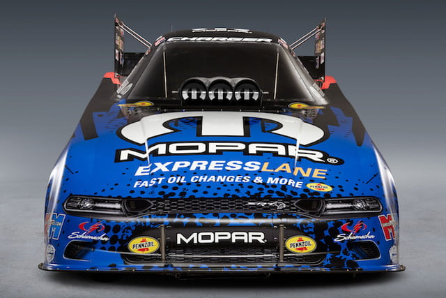 mopar dodge funny car nuevo modelo the new 2019 charger srt hellcat nhra body will make its competition debut this weekend at