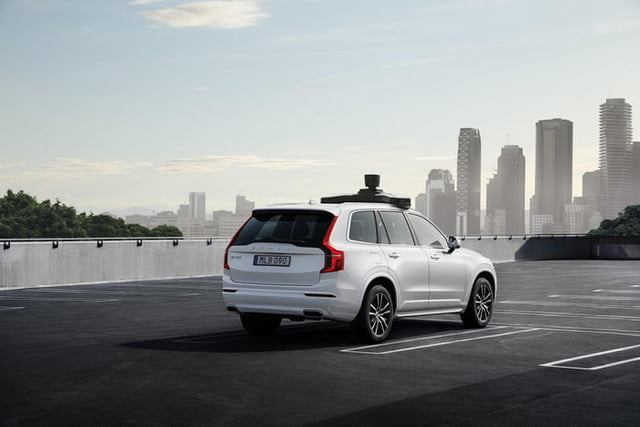 volvo uber vehiculo autonomo produccion cars and present production vehicle ready for self driving 7 700x467 c