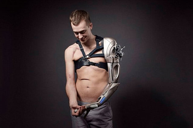 prosthetic arm boasts phone charger and drone dronearm3