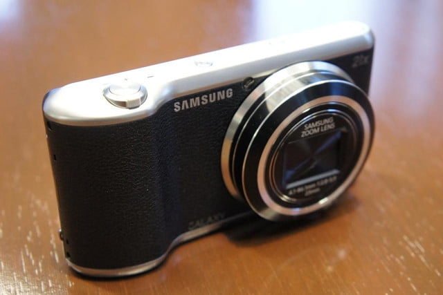 samsung announces nx30 mirrorless camera and android powered galaxy 2 dsc08175
