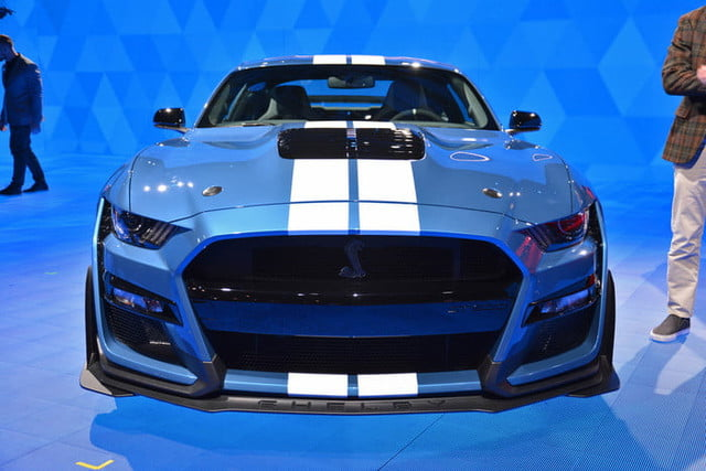 ford mustang shelby gt debuts   detroit auto show digital trends