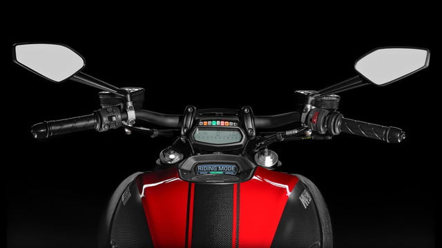 2015 Ducati Diavel | Official specs, photos, and performance