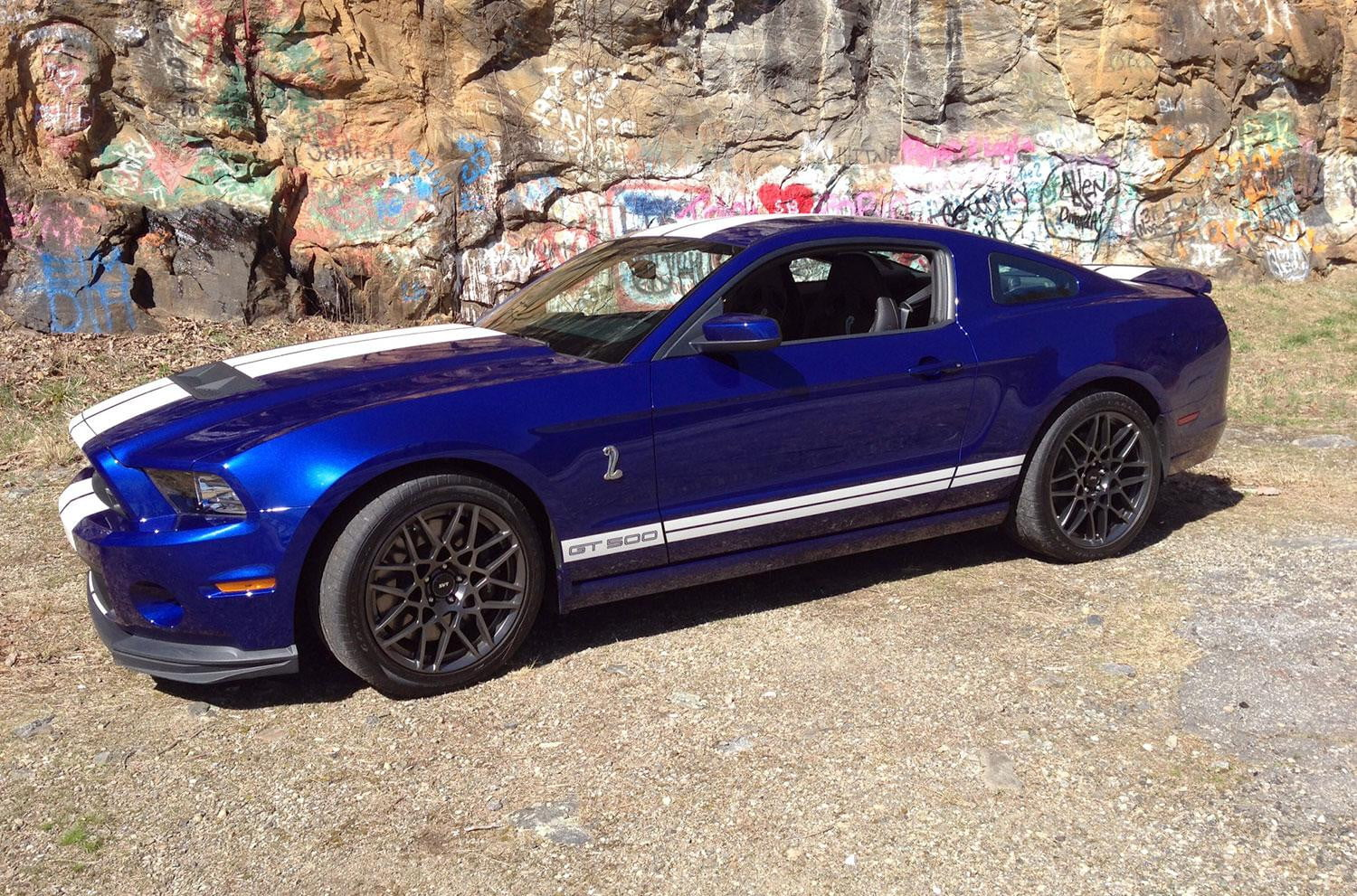 2013 ford shelby mustang gt500 review digital trends. Black Bedroom Furniture Sets. Home Design Ideas