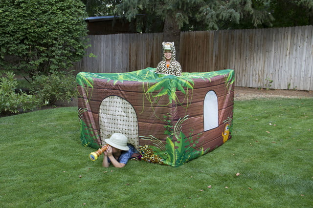 fortsy is an inflatable play fort on kickstarter jungle tree house