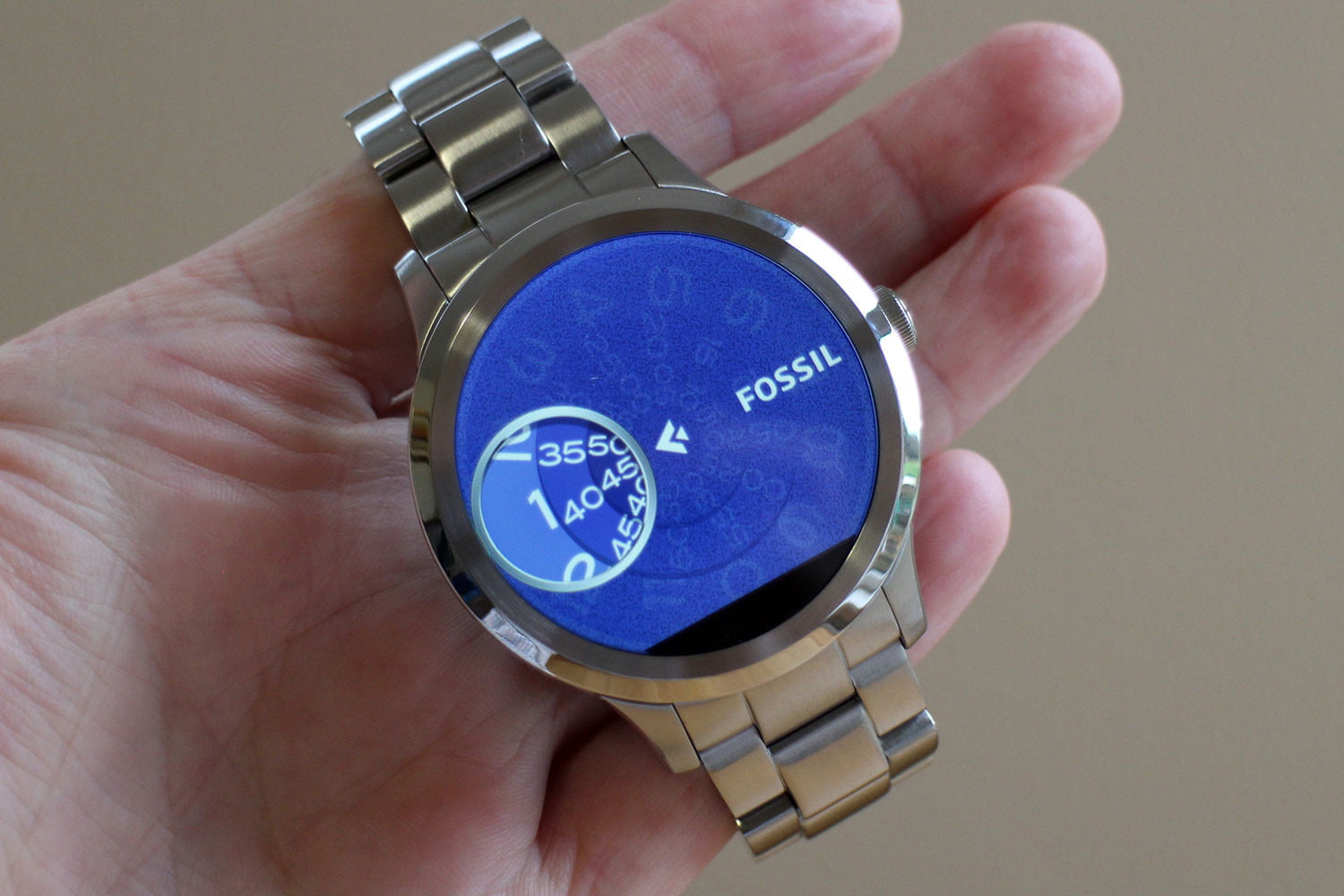 how to work a smart watch