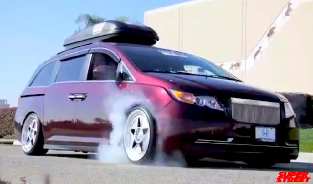 Bisimoto S 1 029 Hp Honda Odyssey Is A Family Hauling