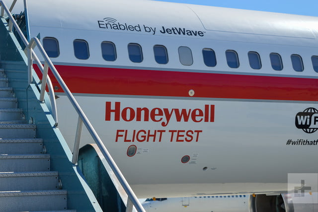 honeywell connected aircraft inflight wifi plane 7
