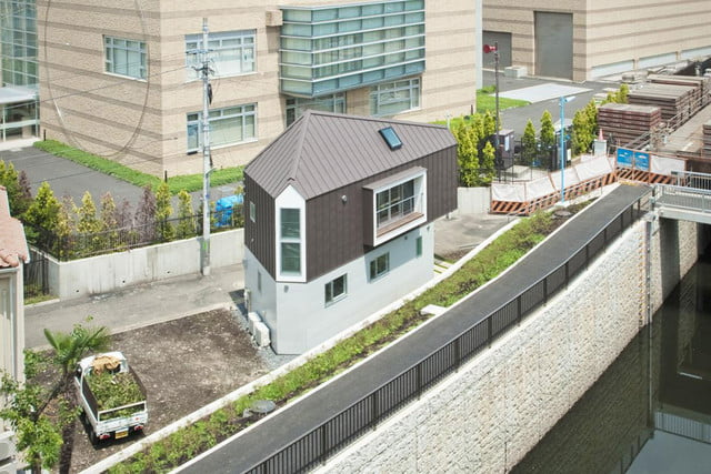 tiny japanese horinouchi homes make use of small space house 08